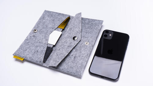 Зображення товару: Фетровий портмоне гаманець для телефону, документів, грошей