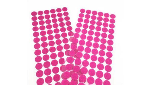 Зображення товару: Липучки круглі на клейовій основі, рожевого кольору. 15 мм – 100 пар.
