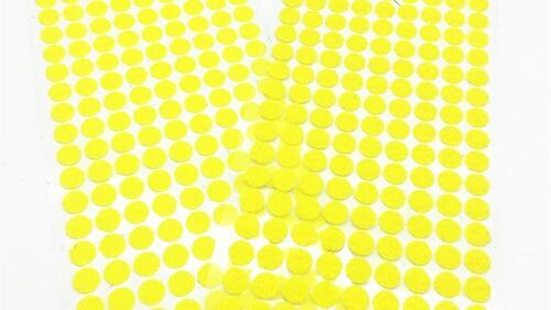 Зображення товару: Липучки круглі на клейовій основі, жовтого кольору. 10 мм – 99 пар.